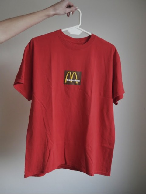 Travis Scott x McDonald's Sesame Inv III T-Shirt Red M