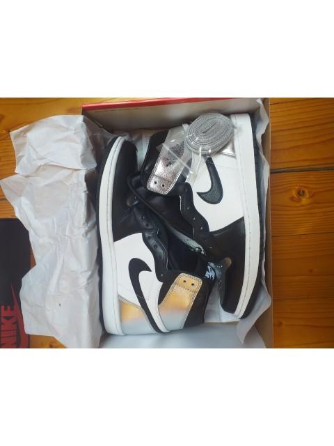 Air Jordan 1 High OG Silver Toe
