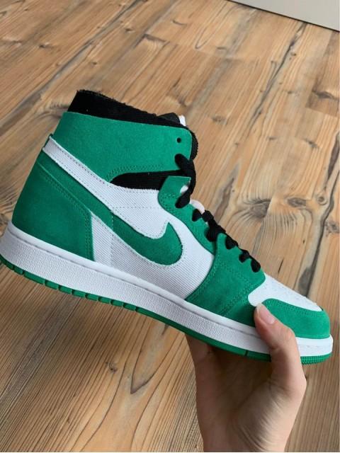 Jordan 1 High Zoom CMFT Stadium Green (W)
