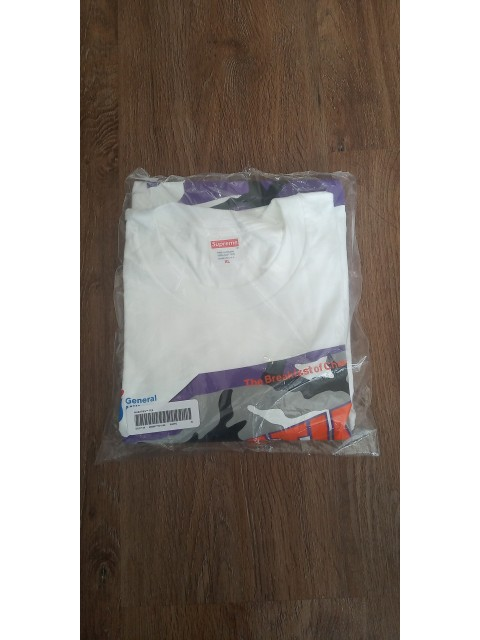 SUPREME WHEATIES TEE