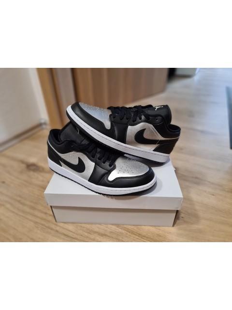 "Air Jordan 1 Low ""Silver Toe"" (W)"